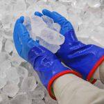冷凍倉庫で働くのは、寒くて熱くて冷たい!