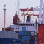 輸入の貨物も全体的に30%くらいの落ち込みです
