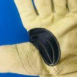 カッコイイ皮手袋があると聞いたら、キャンパーはほっておかない!